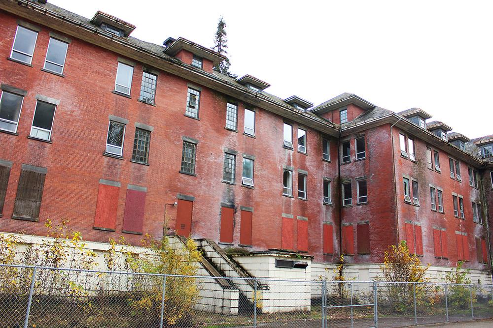 riverview hospital west lawn rückseite