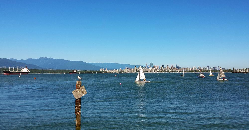 Bild zeigt den Jerico Beach und Vancouver