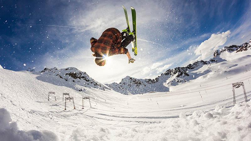 Arbeiten im Skigebiet in Kanada