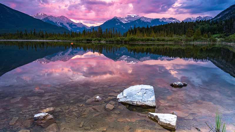 Wunderschönes Kanada See und Natur