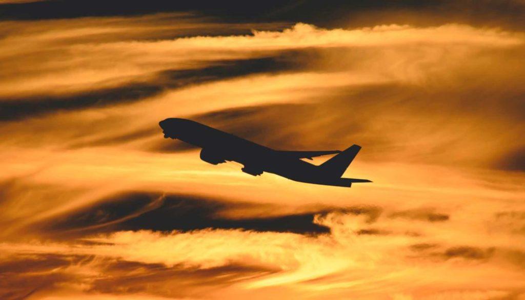 15 tipps günstige flüge finden - Titelbild