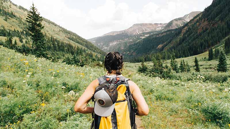 Backpack und work and travel in kanada packen