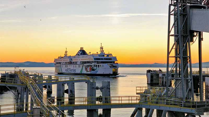 BC Ferries mit der Fähre in Kanada Fortbewegung