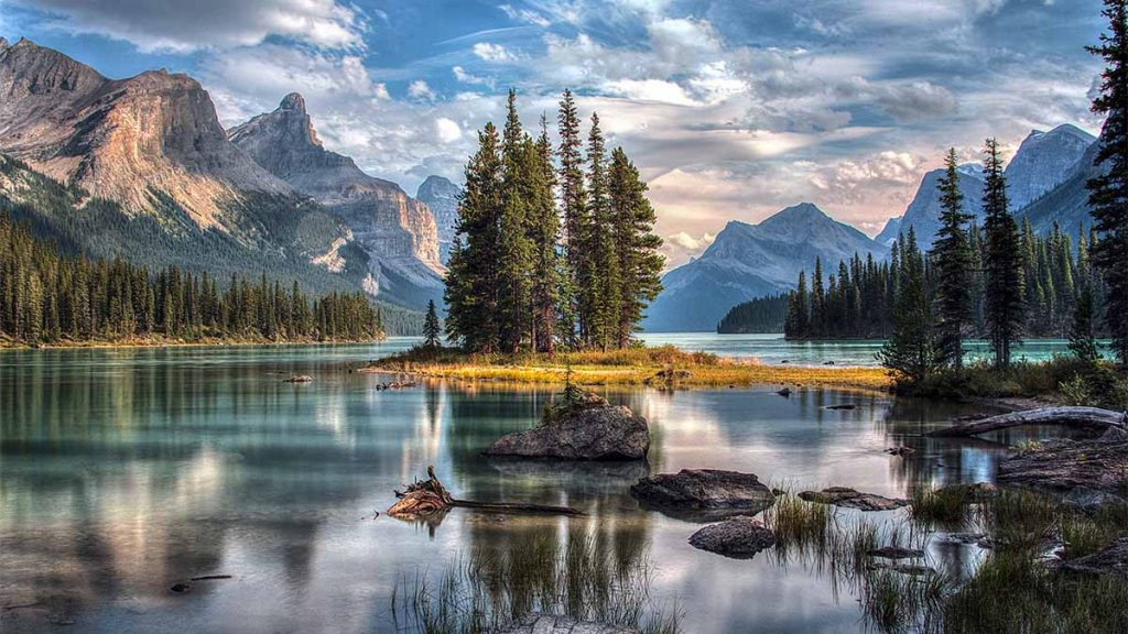 Spirit Island - Maligne Lake - Jasper National Park